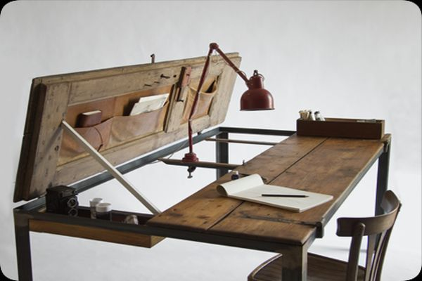 Multipurpose Table Made from a Vintage Door_1