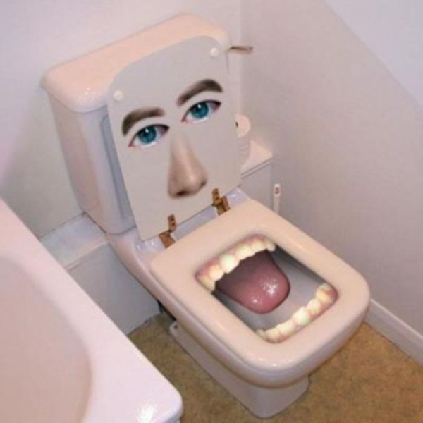 Happy toilet seat