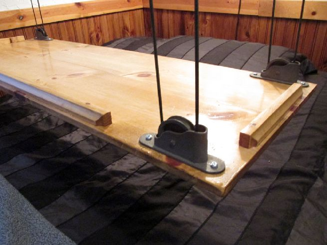 Paracord and Pulley Hanging Table_4