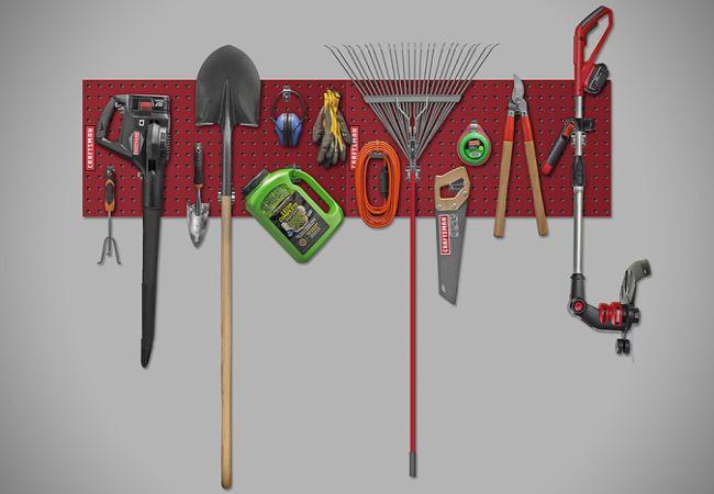 Craftsman Heavy-Duty Locking Pegboard System_1