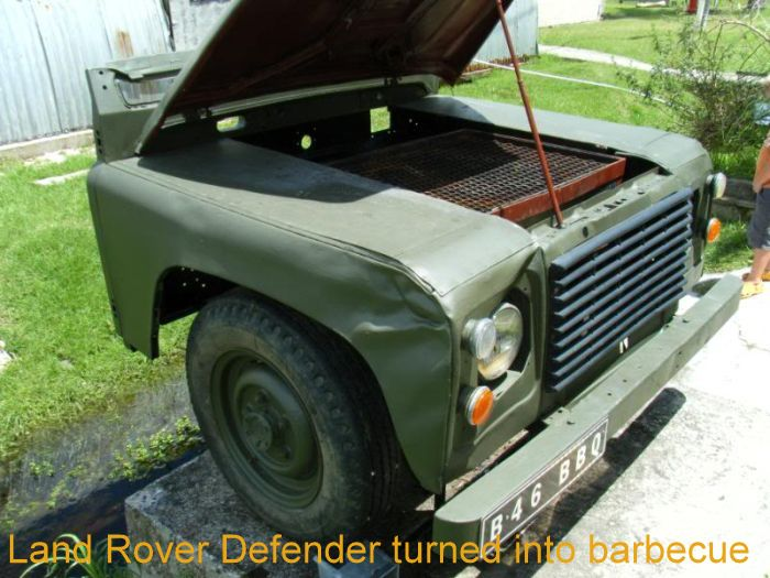 Land Rover Defender turned into barbecue_1