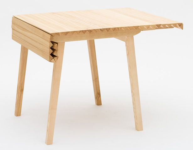 Expandable Wooden Cloth Table