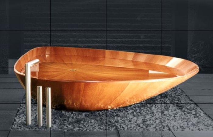 Shell Bathtub