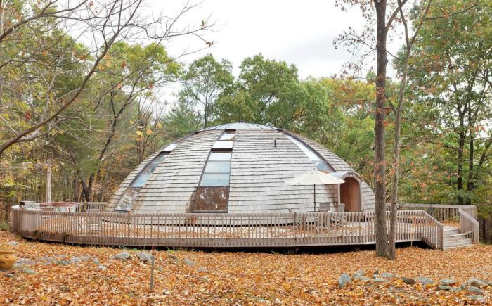 UFO shaped home by Domespace_1