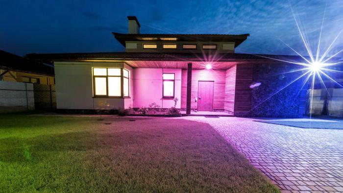 ilumi-br30-outdoor-smart-led-bulb-1
